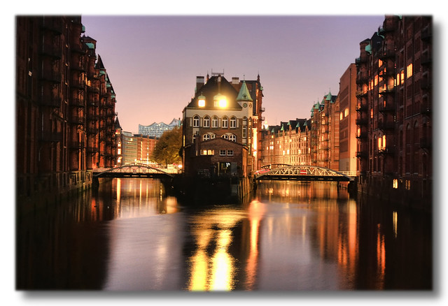 Hamburg by Daniel Mennerich @Flickr.com
